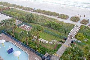 Oceanfront amenities