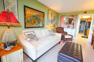 High-end furnishings and tastefully decorated