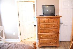 TV and Bathroom Access