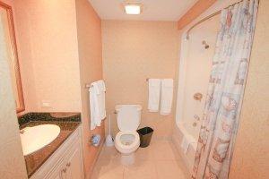 4th guest bedroom spacious bathroom