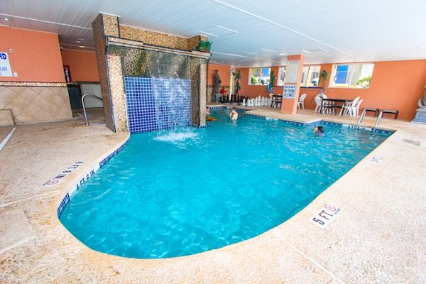 Atlantica resort myrtle beach vacation rentals condos - Indoor swimming pool myrtle beach sc ...